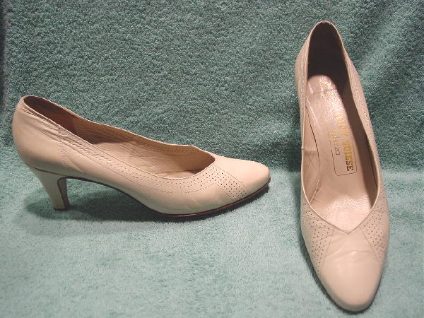 Bally Suisse Bellezzo shoes, size 7 1/2